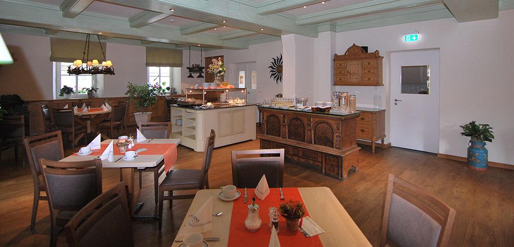 Hotel-Turmwirt-Frühstücksraum2